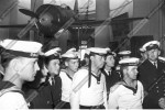 Моряки из ГДР в зале, посвященном истории Великой Отечественной войны